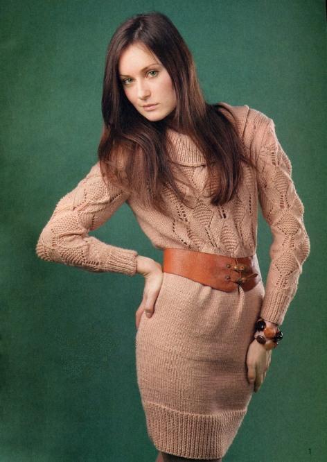 вязаное спицами платье, вязаные платья спицами с описанием