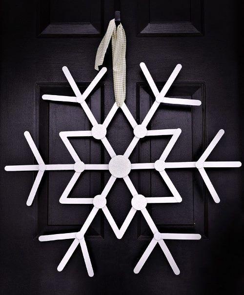 """""""Зимние"""" венки для украшения дома"""