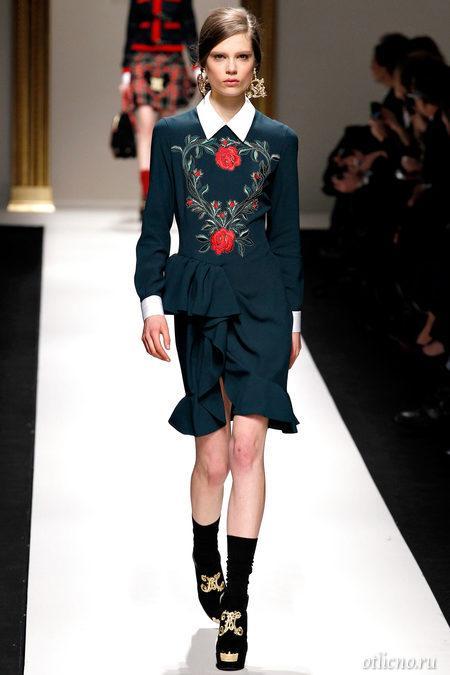 Moschino: модный показ осень-зима 2013-2014