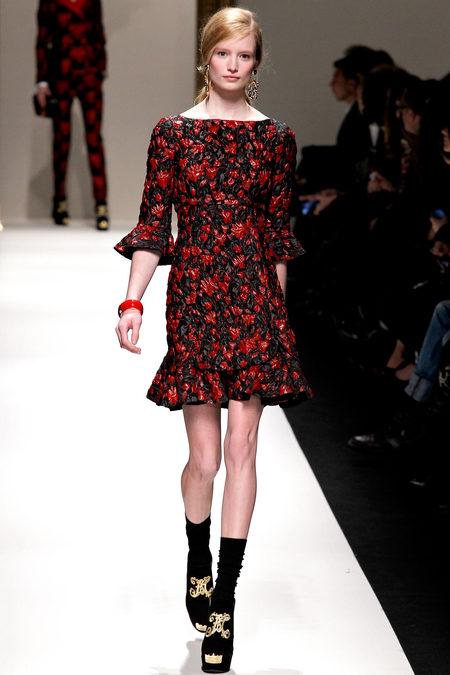 красивая модная одежда, модные показы, тенденции моды осень-зима, Moschino, модный показ осень-зима 2013-2014