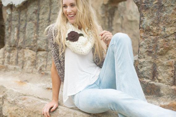красивый платок, красиво повязать шарф, декор одежды, платки и шали