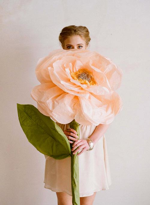 gigantskie-bumazhnye-cvety (1)