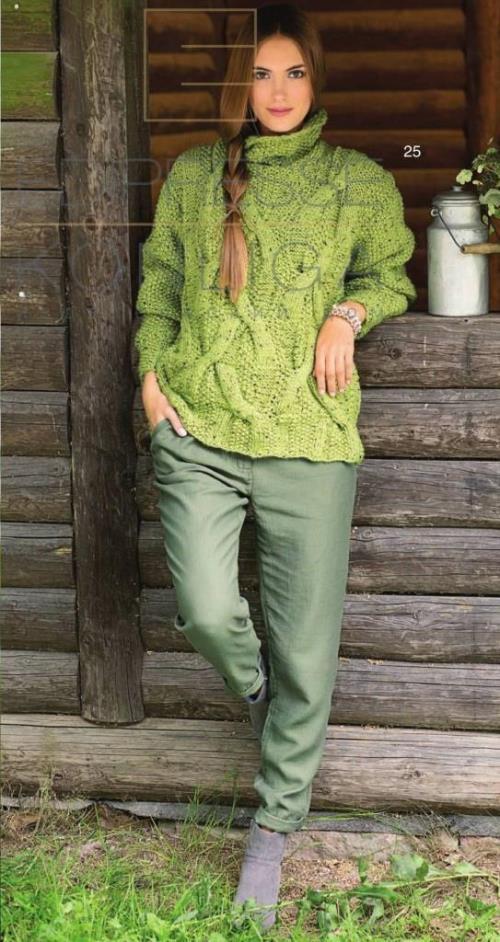 vyazanyj-zhenskij-pulover-s-kosami (3)