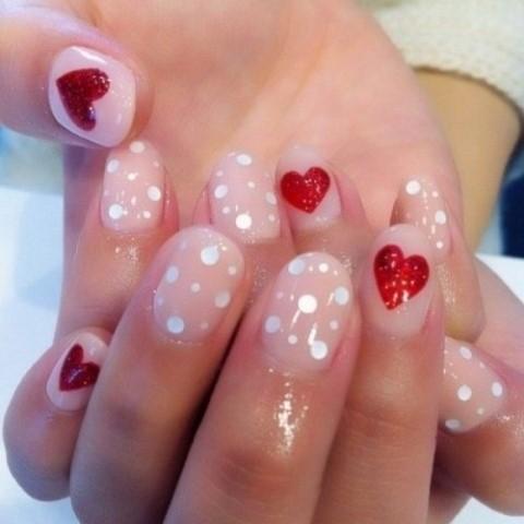 36-idej-manikyura-k-dnyu-svyatogo-valentina (24)