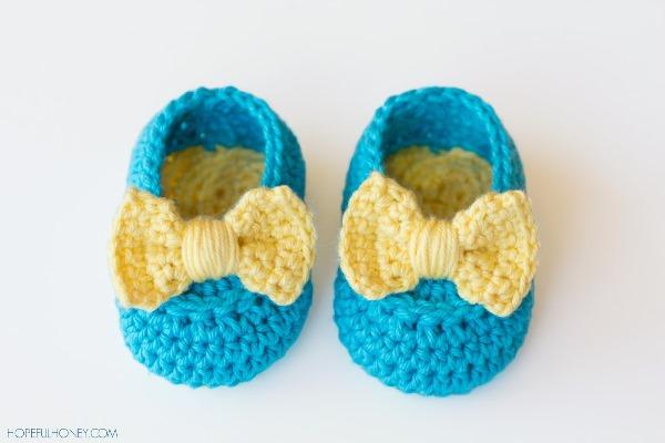 пинетки вязаные, тапочки для малыша, вязание, вязание для детей, вязание крючком, обувь своими руками