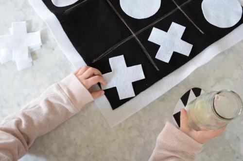 Игра «крестики-нолики» из фетра