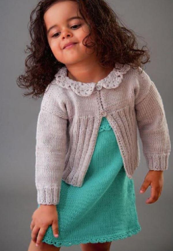 2 вязаных платья-сарафана и кофточка для девочки