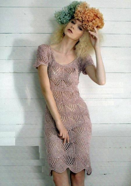 Вязание: полупрозрачное ажурное платье