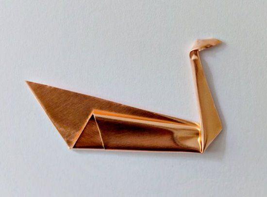 """Брошь """"Лебедь"""" в стиле оригами своими руками"""