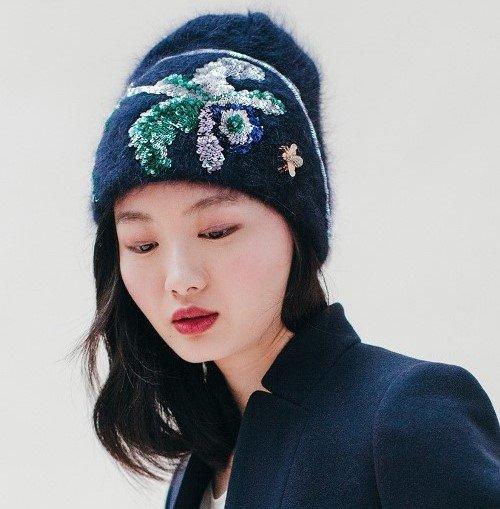 Идеи декора шапок от Jennifer Behr's