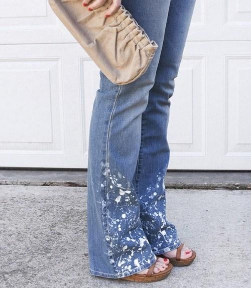 2 способа украсить джинсы при помощи краски
