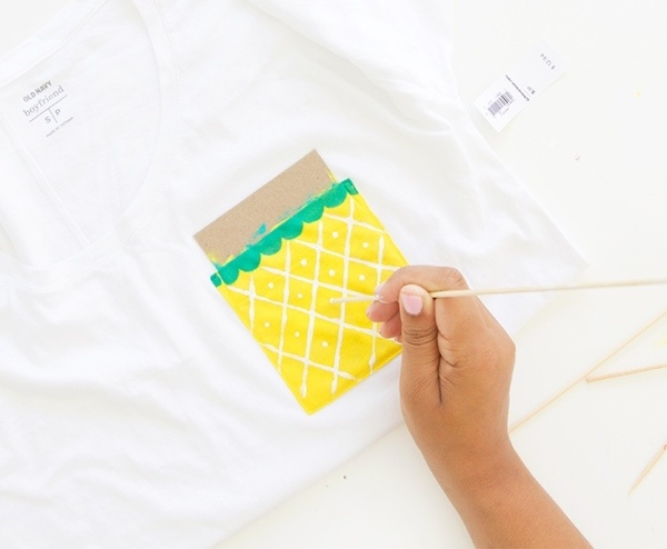 """Что нарисовать на одежде. Кармашек """"ананас"""""""