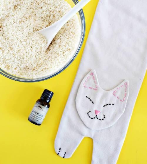 """Как сшить грелку """"кошку"""" с рисом своими руками"""