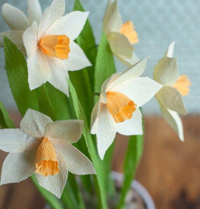 Тюльпаны и нарциссы из бумаги