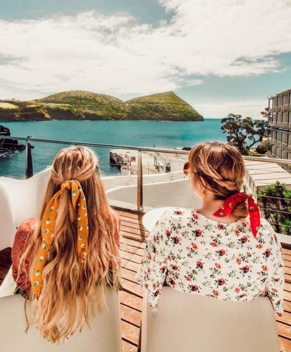 Модный аксессуар лета: резинка-повязка на волосы