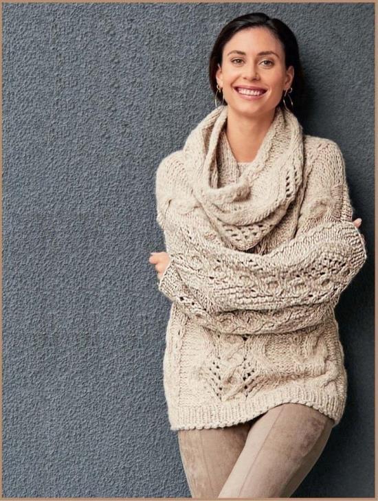 Объемный пуловер и шарф-петля спицами