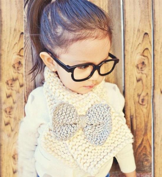 Сделать самим или купить: детские шарфики и снуды