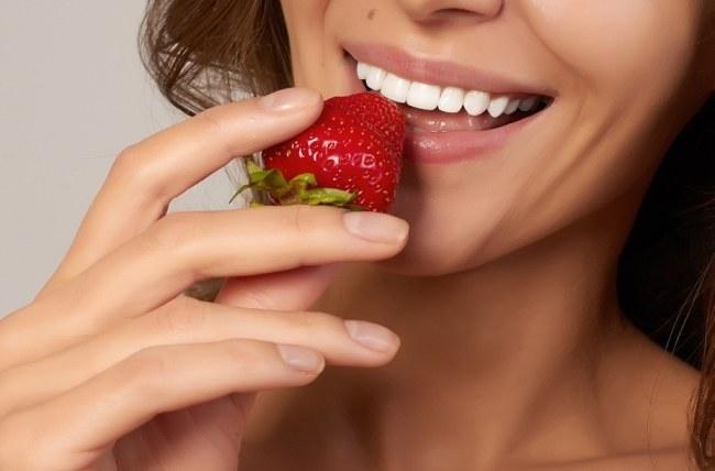 Здоровые зубы и красивая улыбка залог успеха во всем!