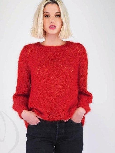 Пуловер с разрезом на спинке