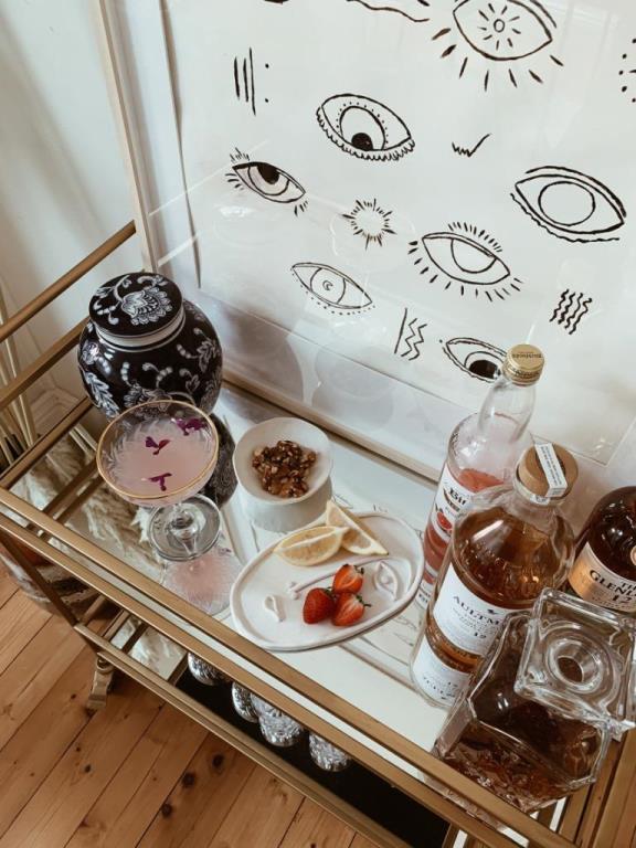 Стильная тарелка для украшений из глины своими руками