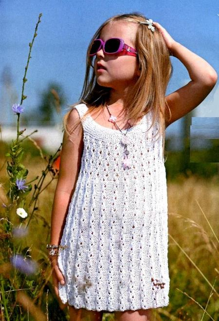Вязаное платье-сарафан для девочки спицами, вязание, вязание для девочек, вязание для детей, вязание спицами, вязание спицами туники платья, вязаные платья со схемами,