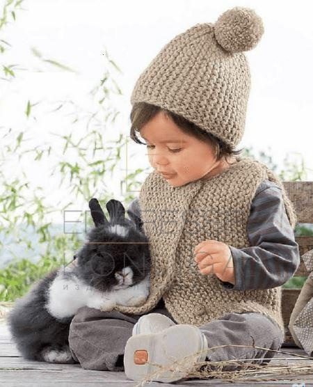 вязаная шапка и вязаный жилет для ребенка, вязание, вязание для детей, вязание для девочек, вязание для мальчиков, вязание простое, вязание спицами,